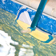 pool-tile-cleaning